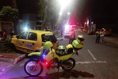 Motociclistas murió tras estrellarse contra un taxi en Bucaramanga