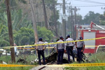 Avión con 113 personas a bordo se estrelló en La Habana: solo tres sobrevivientes