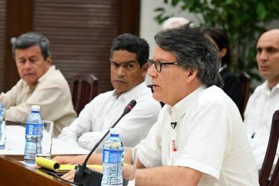 El Gobierno y el Eln buscan negociar cese el fuego bilateral