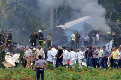 Tres sobrevivientes en avión estrellado en La Habana, Cuba