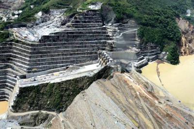 Caudal del río Cauca disminuyó en un 20 % y permitió avanzar en obras en Hidroituango
