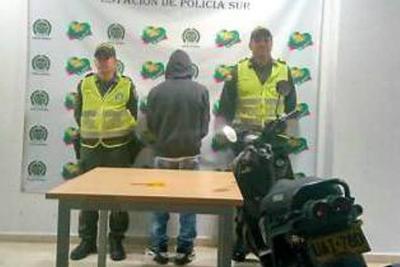 Policía captura a presunto ladrón de motocicleta