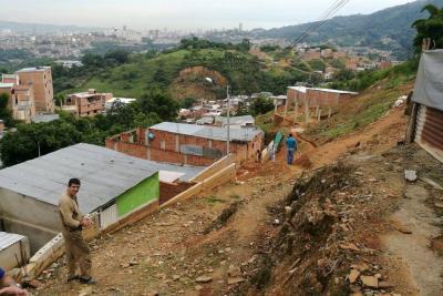Avanza censo de obras ilegales, han inspeccionado nueve zonas