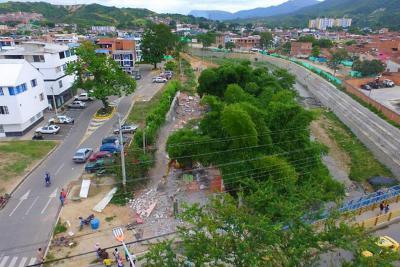 Reubicadas 50 familias del asentamiento La Inmaculada II en Girón