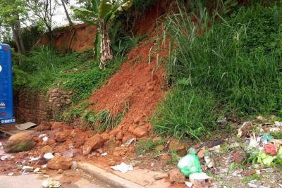 Muro de contención es solicitado por comunidad de Portal de Santana en Floridablanca