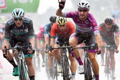 Vienen etapas definitivas de montaña en el Giro