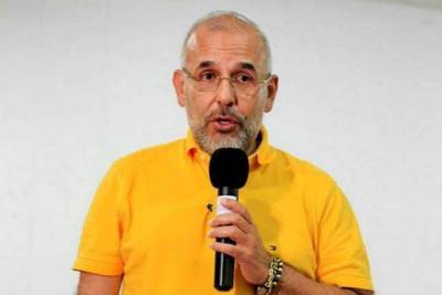 Darío Echeverri,  a casa por cárcel