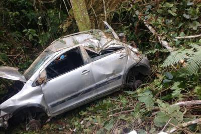 Cuatro menores y un adulto resultaron heridos tras grave accidente en Bucaramanga