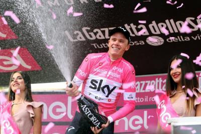Froome tiró de épica para asaltar el liderato del Giro
