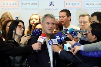 Duque denuncia posible alteración de resultados de comicios colombianos en el exterior