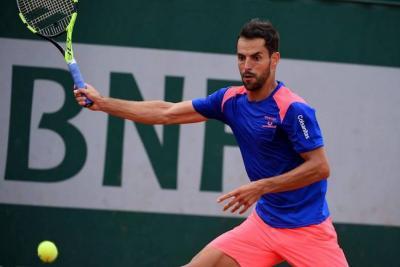 Gracias al retiro de su rival, Giraldo avanzó a segunda ronda en Roland Garros