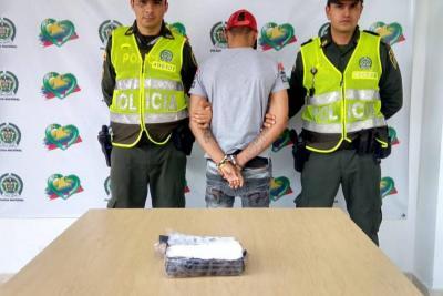 Extranjero fue capturado en la Terminal de Transportes de Bucaramanga con cocaína