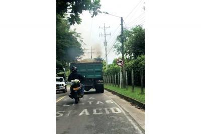 No se cumple la restricción de vehículos pesados en Ruitoque