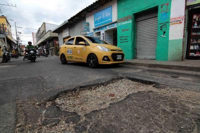 """Para recuperar malla vial de Bucaramanga se necesitan 300 millones de dólares"""