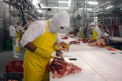 Sigue plan para que carne entre a China