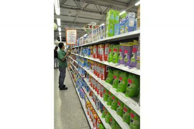 En el país, volumen de compra cayó 1% en primer trimestre