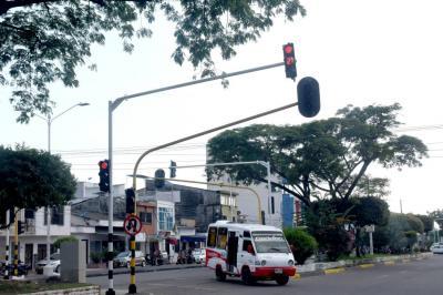 En su fase final, proyecto de modernización semafórica
