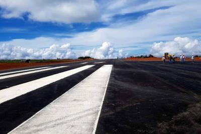 Veedores temen que obras del aeropuerto queden inconclusas