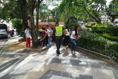 """La Policía de Turismo continúa con  su campaña """"Quiero a Mi Ciudad"""""""