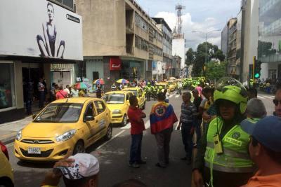 Taxistas levantaron jornada de paro en Bucaramanga