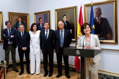 Histórico Gobierno formado por 11 mujeres y seis hombres