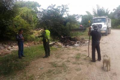 La Piedecuestana de Servicios hizo jornada de limpieza en fuentes hídricas de Pajonal