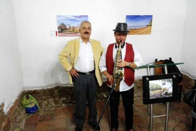 El artista Jamez de Girón inauguró su exposición