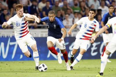 Francia se llevó un baño de agua fría con empate 1-1 ante Estados Unidos