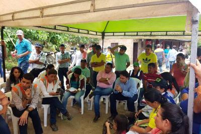 Campesinos y entidades instalaron mesas de trabajo