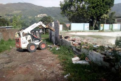 Comienza intervención de piscinas en Arenales para construir parque