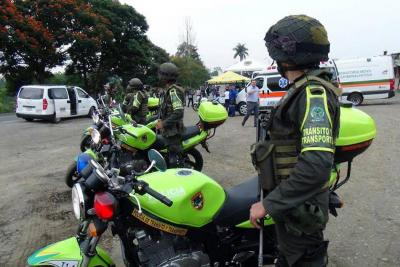 """Policía activa """"Plan Éxodo"""" en las vías"""