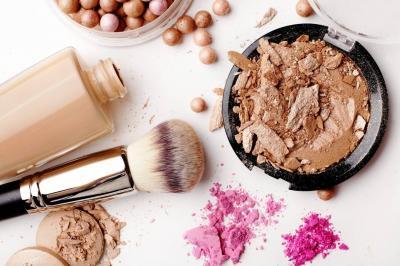 Siga estas recomendaciones para el uso de maquillaje casero
