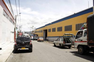 Murió ciclista en Bucaramanga que chocó con un camión que estaba estacionado