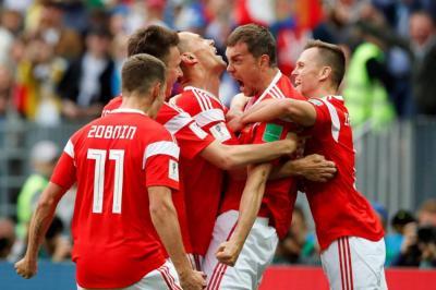 Rusia venció 5-0 a Arabia Saudita en el primer partido del Mundial