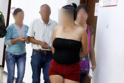 Arrestan a mujer en Bucaramanga acusada de cobrar extorsión de $10 millones