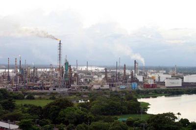 Producción de petróleo en mayo fue de 865.987 barriles por día