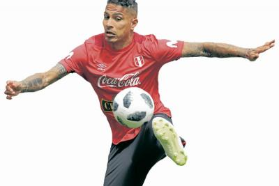 Perú - Dinamarca, un duelo clave por un cupo a octavos