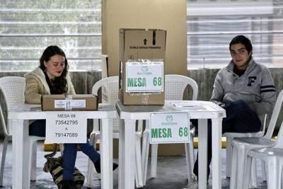 Por lluvias fueron trasladadas 20 mesas de votación: Policía
