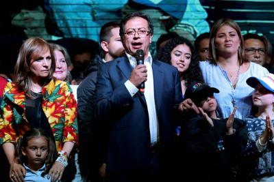 Gustavo Petro, un nuevo camino como opositor en el Senado