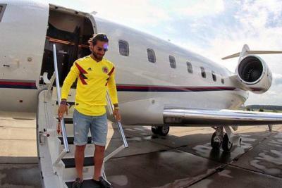 Le roban más de $2.300 millones a Maluma en un hotel de Rusia