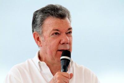 """Santos pide al Congreso """"no medir fuerzas políticas con reglamentación de la JEP"""""""