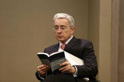 Corte Suprema niega posible orden de captura en contra Álvaro Uribe