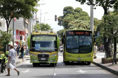 Aplaza 16 días la unión del transporte en Bucaramanga
