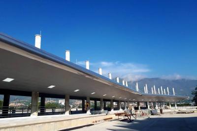 Ultiman detalles de Portal de Metrolínea en Girón