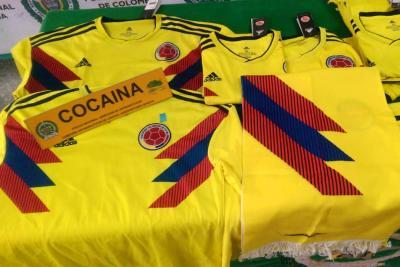 Pretendían enviar 14 camisetas de la Selección Colombia con cocaína a Holanda