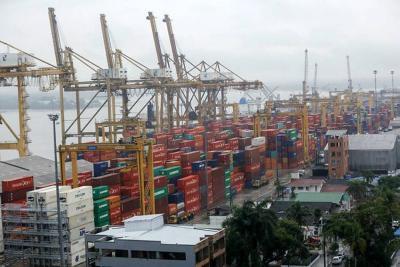 En abril, déficit comercial colombiano se redujo en 72%