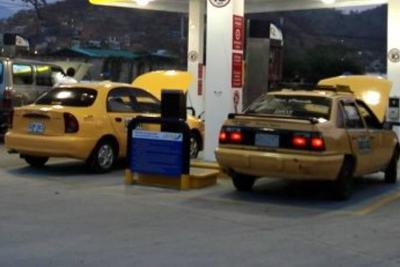 Permanece suspendido servicio de gas al sector industrial y vehicular en centro del país