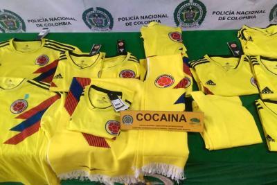 Incautan camisetas de selección Colombia con cocaína cuyo destino era Holanda