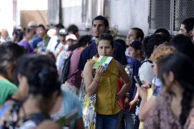 Trump pide deportación inmediata de inmigrantes
