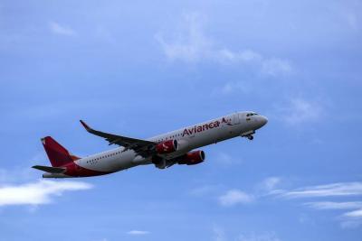 Avión con destino a Colombia aterrizó de emergencia en isla portuguesa